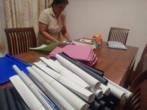 Materiale per i 15 bambini più poveri dell'asilo Kanuwa di Helianto